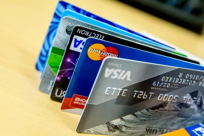 Выгодные доходные банковские карты с процентом на остаток
